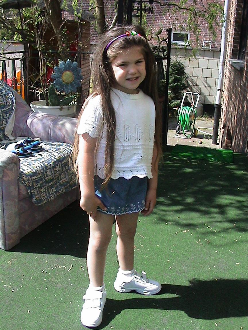 2002 - Long hair - Age: 4