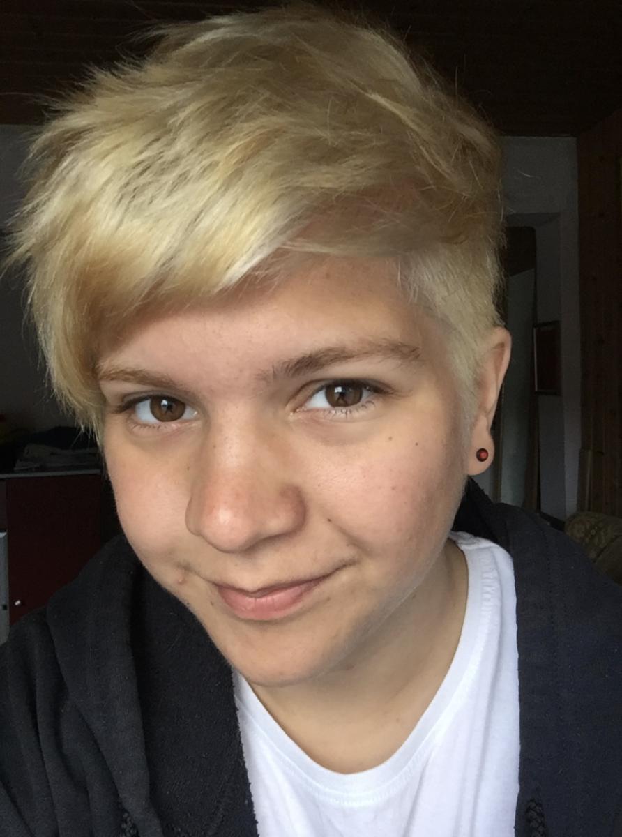 2016 (August) – Short & Blonde – Age 18